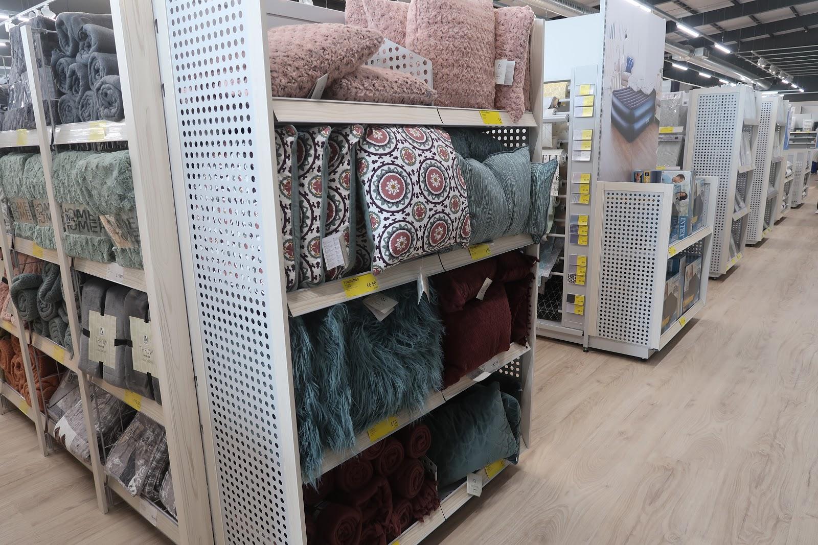 jysk-cushions