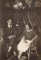 Lorca con su hermana Concha