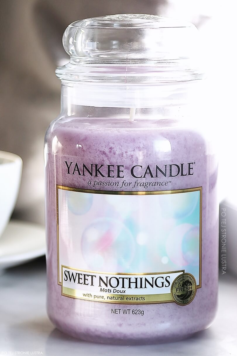 duża świeca yankee candle sweet nothings