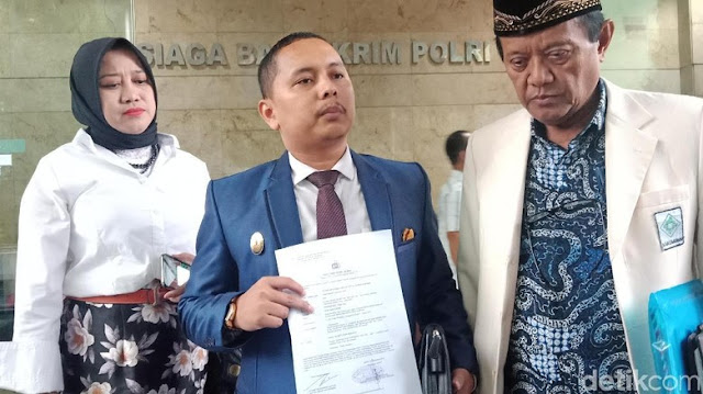 Ali Mochtar Ngabalin Dipolisikan soal Posisi Ketum Bakomubin