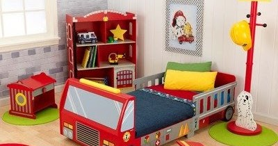Bedroom decor ideas and designs fire truck and fireman for Fire truck bedroom ideas