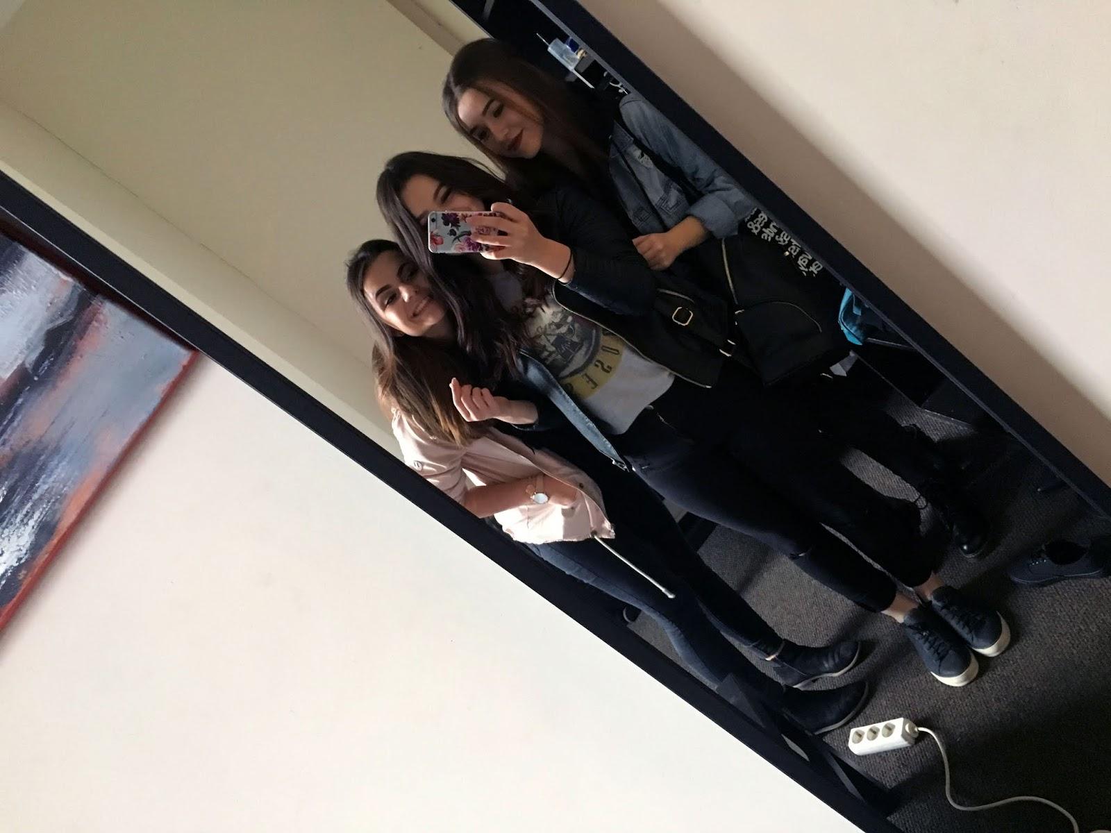 Selfie im Spiegel
