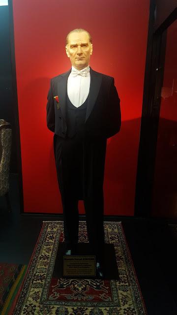 Atatürk Balmumu
