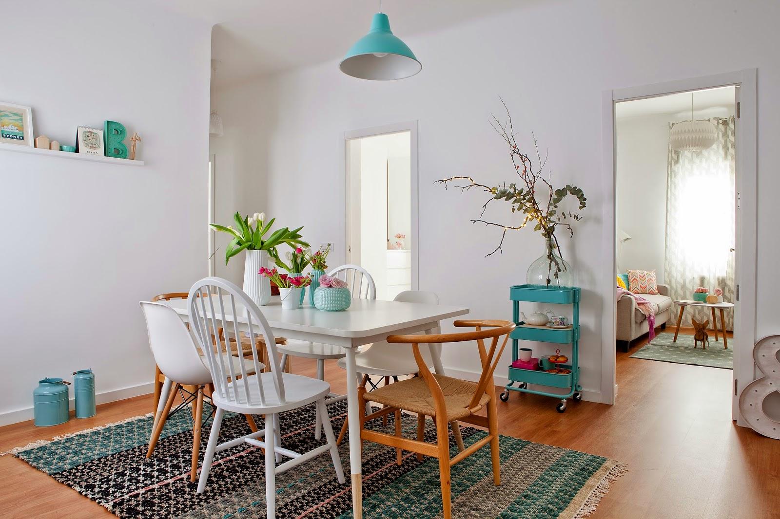 Decoraci n de interiores c mo decorar un piso de for Revistas de decoracion de casas