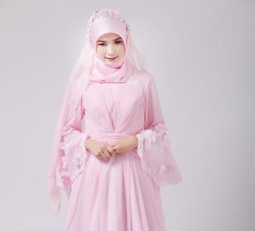 Model hijab dan gaun pengantin muslimah terbaru - www.trendbajumuslim.com f1a33aada2