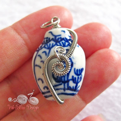Wire wrap porcelain pendant by Wirebliss