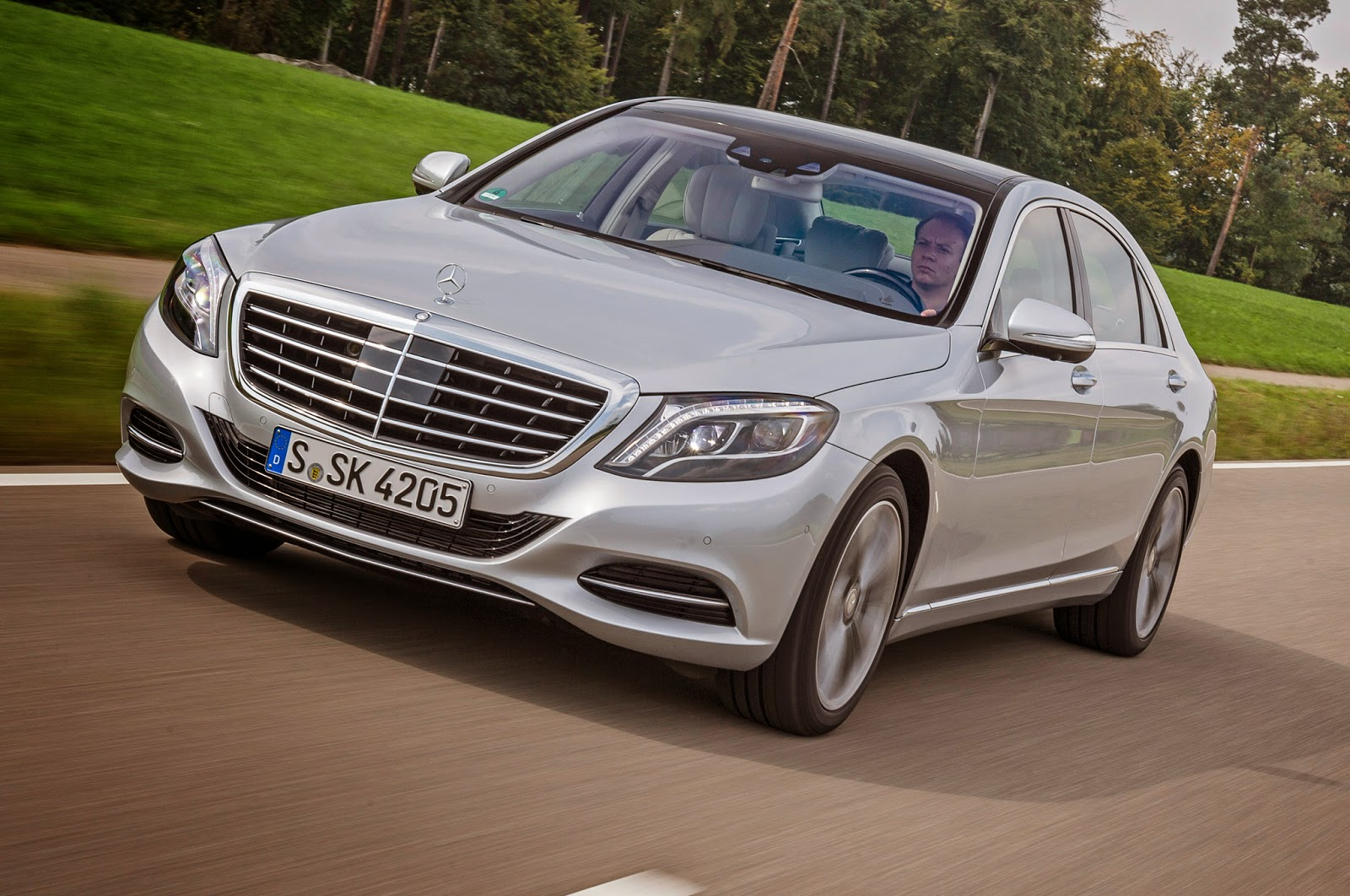 Horse By Means Of Your 436 Hp Mercedes Benz S550 Plug In Hybrid Car The Company Ideas To Showcase Electrification For Reason That Brand New