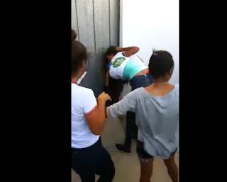 Na Paraíba, adolescentes se agredem em escola