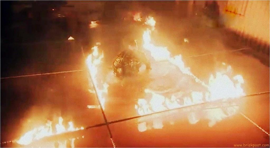 Fear Factor Khatron Ke Khiladi Darr Ka Blockbuster with fire over water way in Climax Stunt