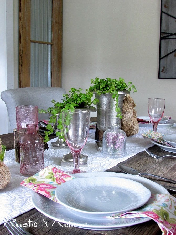 Gorgeous Spring Table Decor for Entertaining Family & Friends