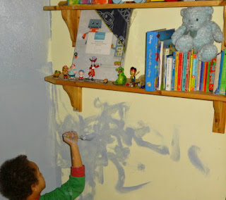 4 year old helps paints his bedroom with Dulux Quintessential Blue