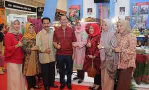 Walikota Palembang Kunjungi Pameran Kerajinan Nusantara di JSC Jakarta