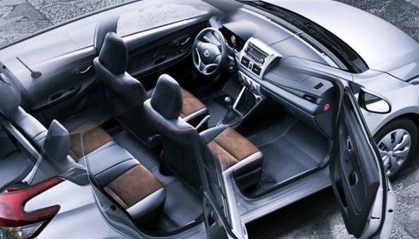 2018 toyota yaris hatchback next generation of toyota for Interior yaris 2017