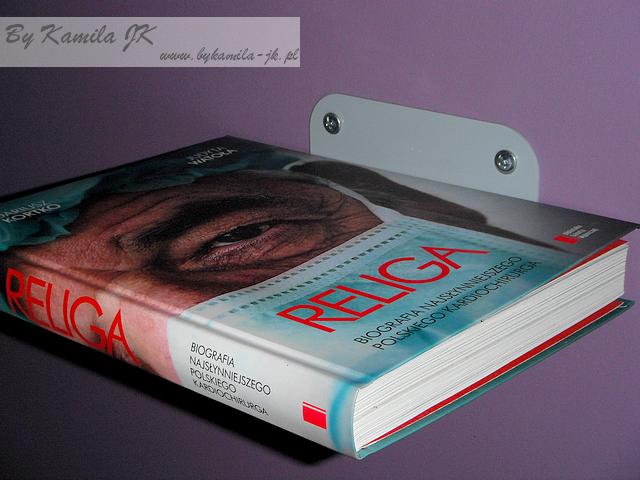Niewidzilna półka na książki