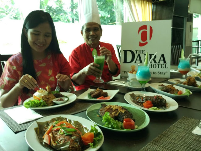 Nasi Rames Nendang  & Serba mie Ala The Daira Hotel