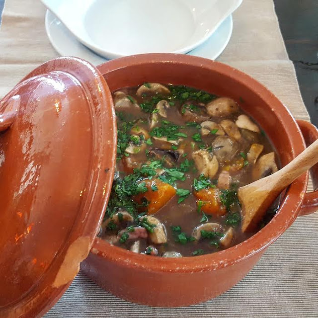 Stews & More Albufeira