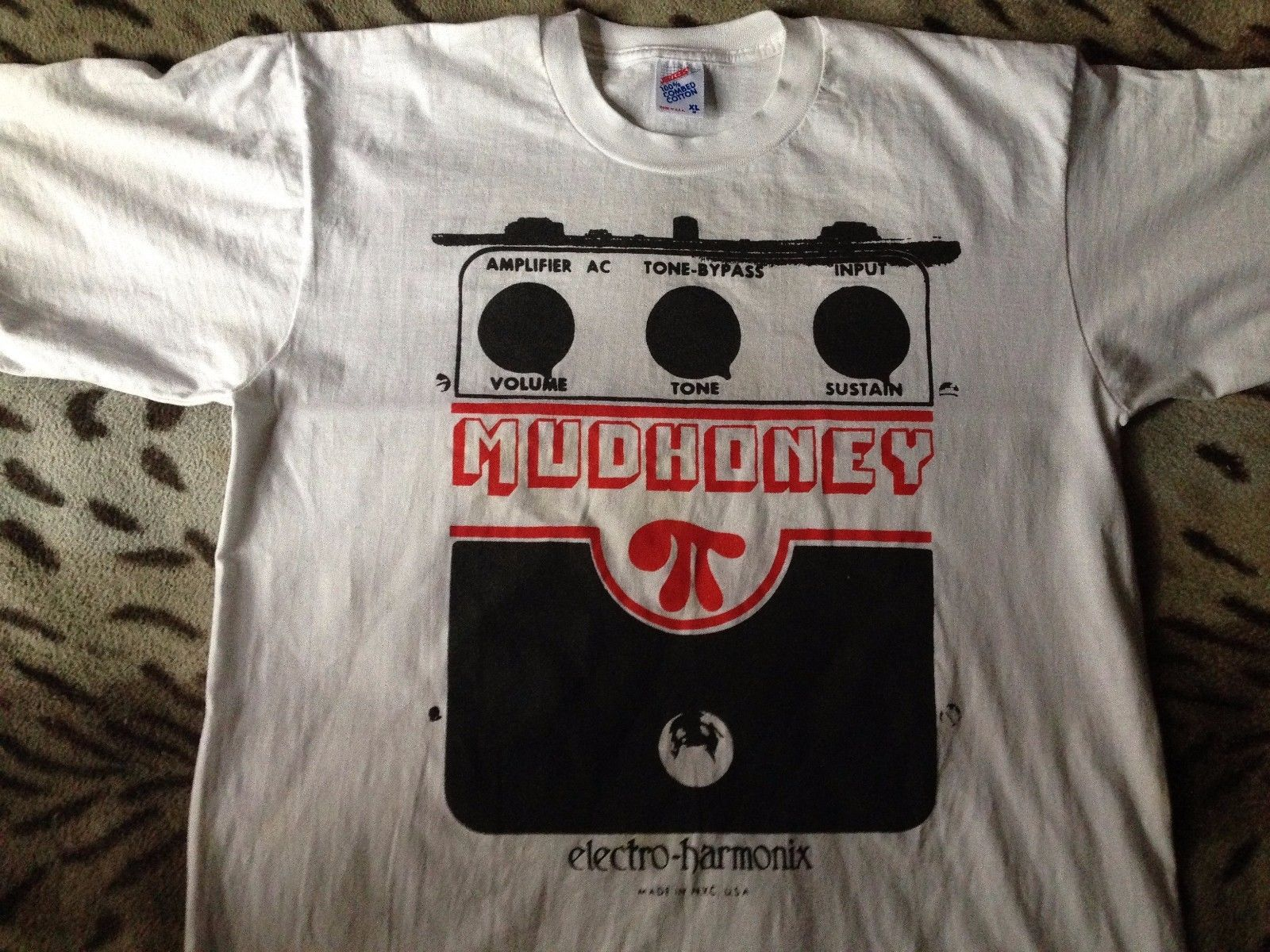 bbd928c4 Mudhoney Superfuzz Bigmuff 1988 Vintage T-Shirt Sub Pop Original In Out Of  Grace