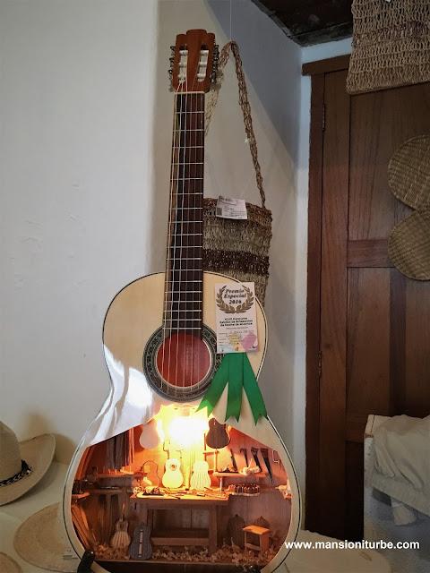 Miniature Instruments from Paracho, Michoacán
