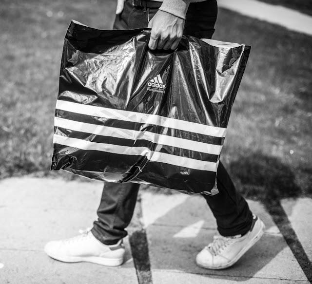 adidas sacolas plástica acabar