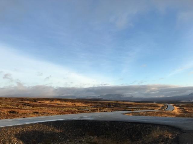 アイスランドのゴールデンサークルをドライブ