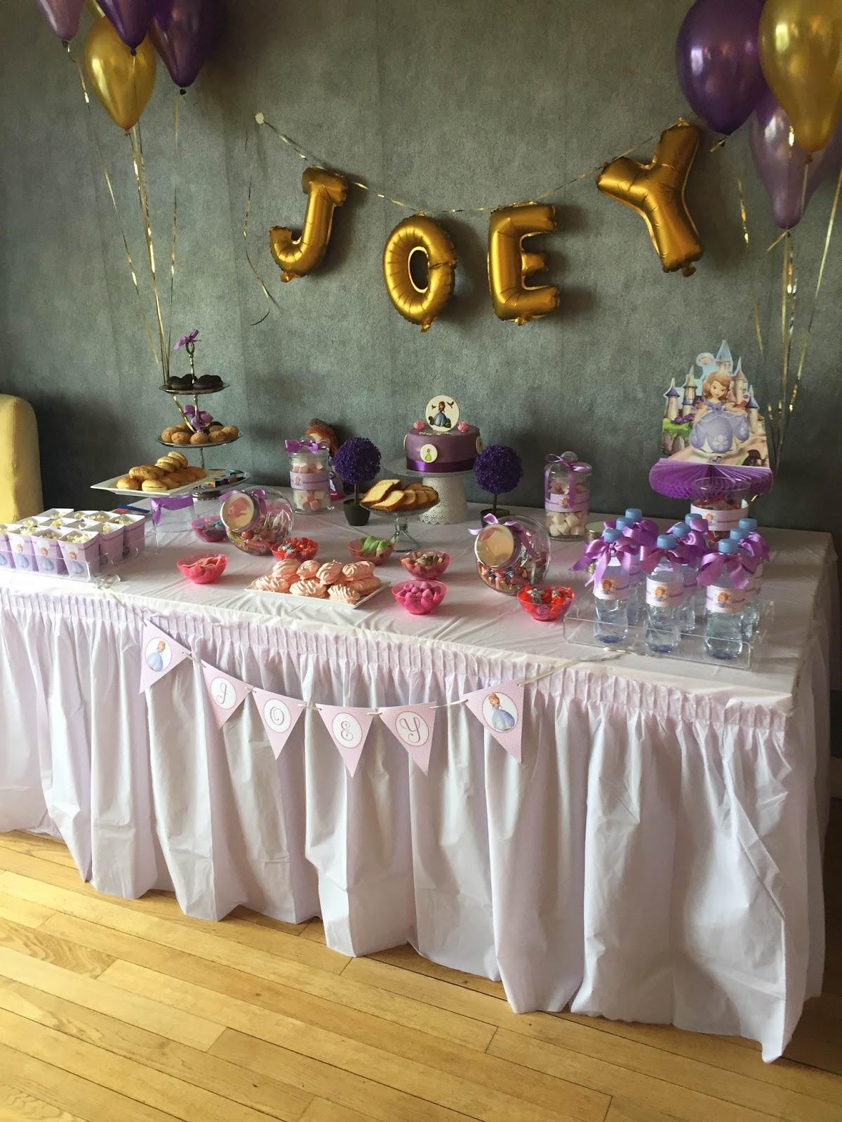 Sweet table anniversaire mauve et violet
