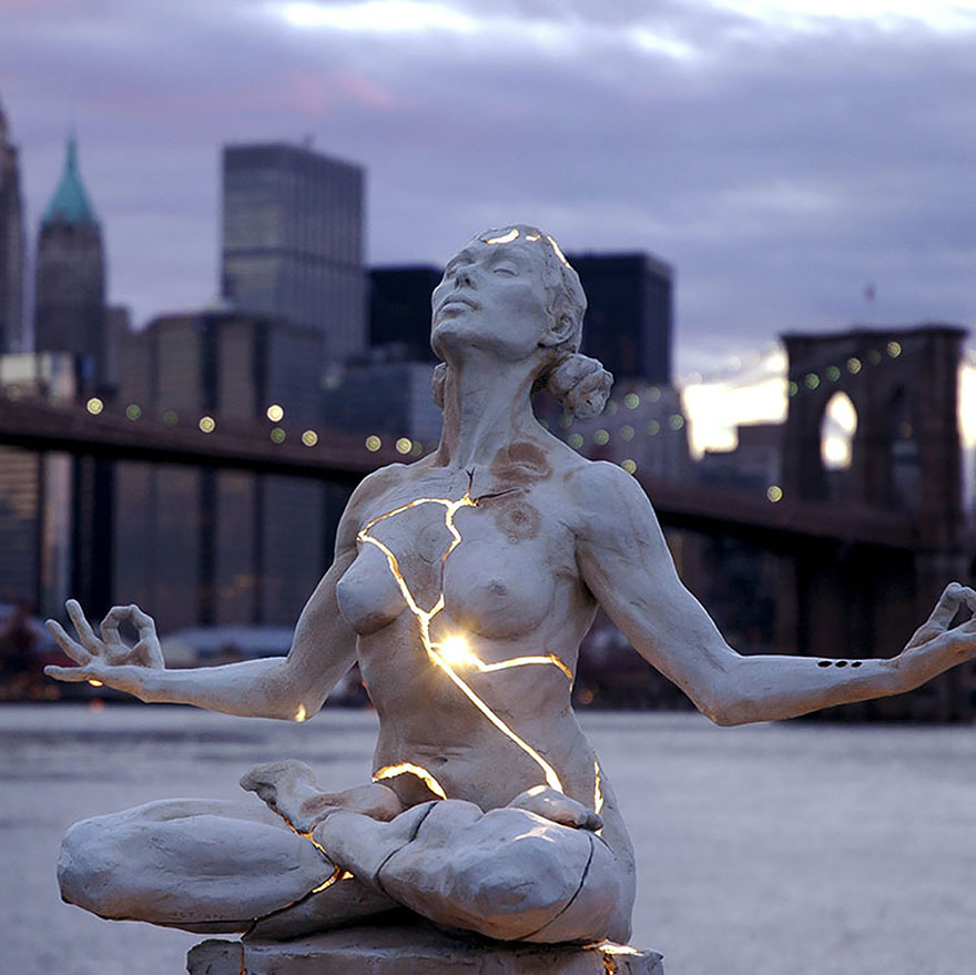 42 Of The Most Beautiful Sculptures In The World - Expansion By Paige Bradley, New York, Usa
