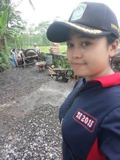 Gadis Cantik Ini, Gabung Satgas Keamanan Desa Nguter