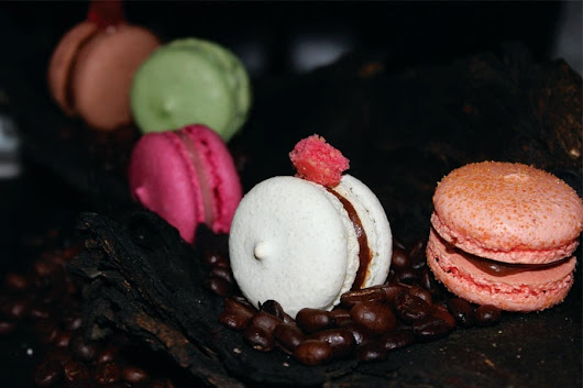 Meet The Chef Who Speaks Chocolates, Cheesecakes & Macaroons!