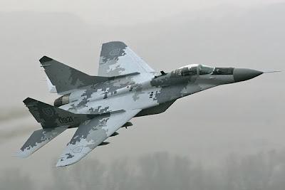 ¿Representantes de Perú prueban los modernos aviones MIG29M2?
