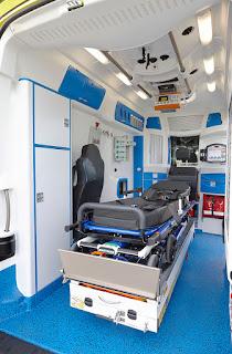 Arrière gauche de l'ambulance Delfis