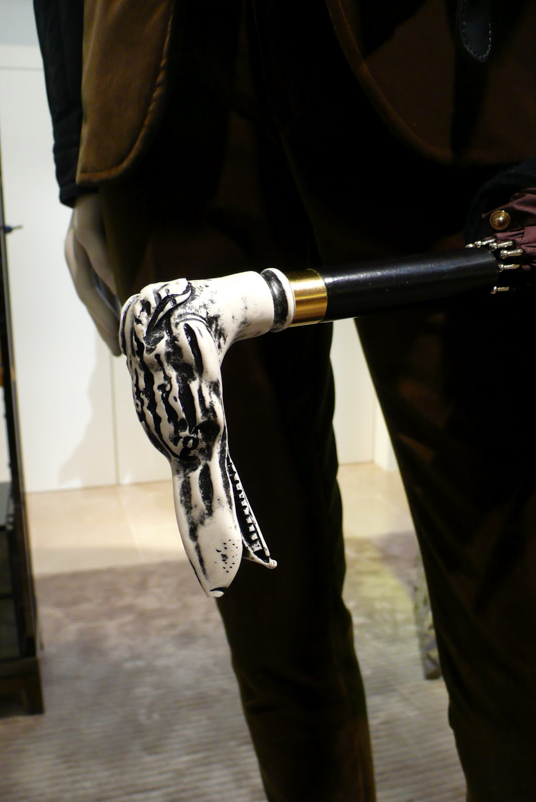00O00 London Menswear Blog Burberry Prorsum Fall Winter 2012 accessories  umbrella and shoes 034ac836353c5