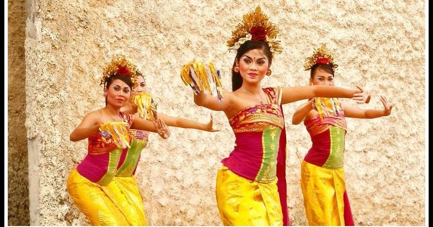 Tari Pendet Tarian Tradisional Dari Bali Negeriku Indonesia