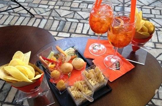 Thegoldenwaves Skyline Lounge Bar Milano