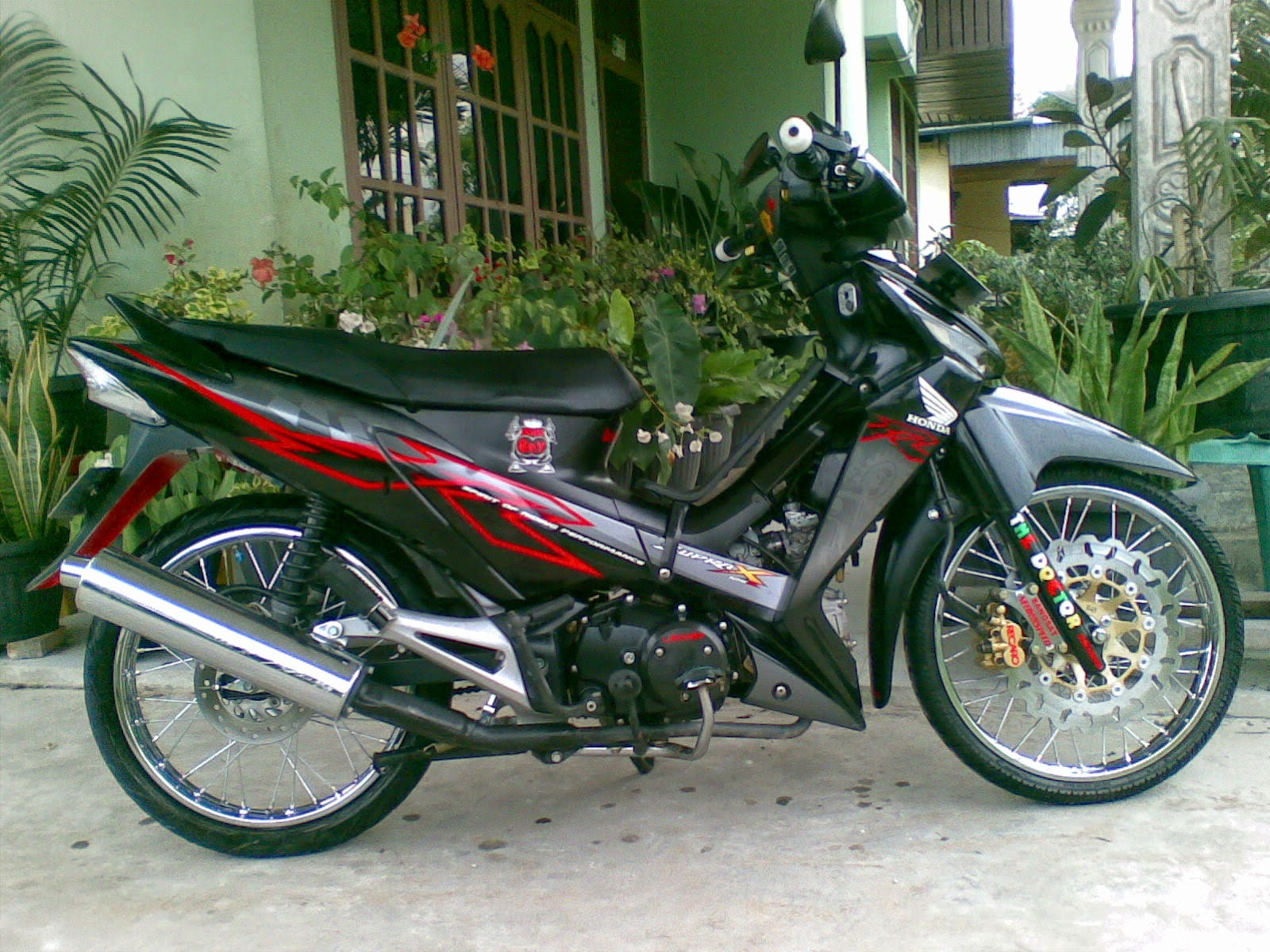 Download Koleksi Modifikasi Motor Supra X 125 Lama Terbaru Palm