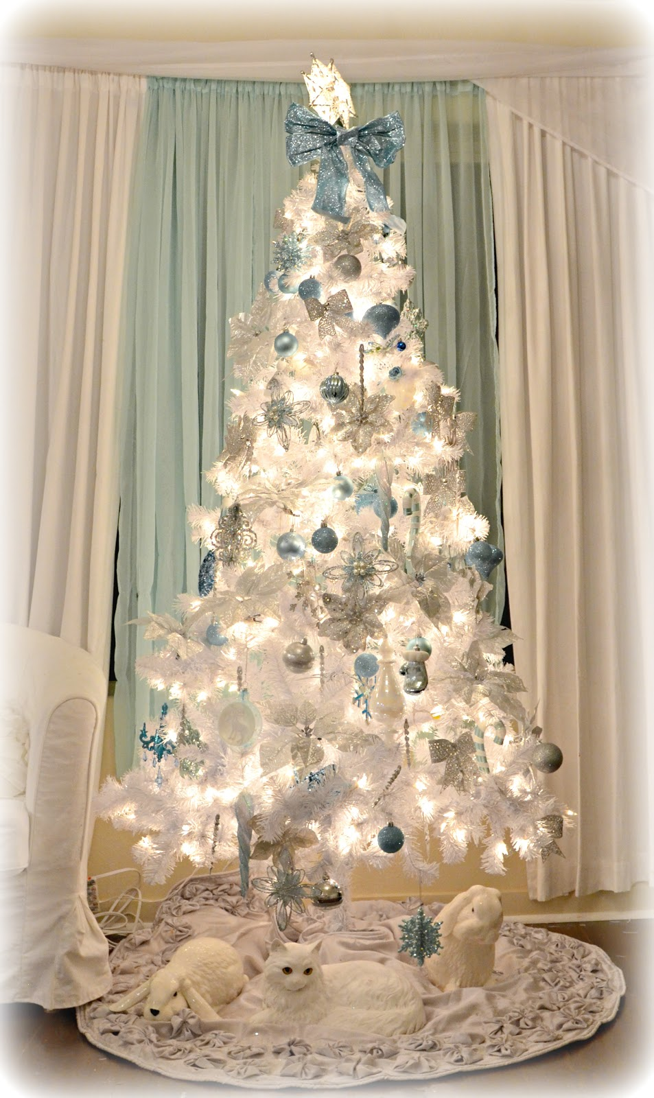 Not So Shabby - Shabby Chic: White Blue & Silver Christmas ...