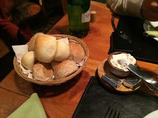 Entrada no restaurante Familia Weiss em Bariloche