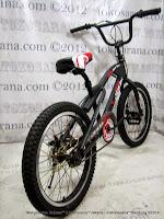 Sepeda BMX Juara FreeStyle 20 Inci