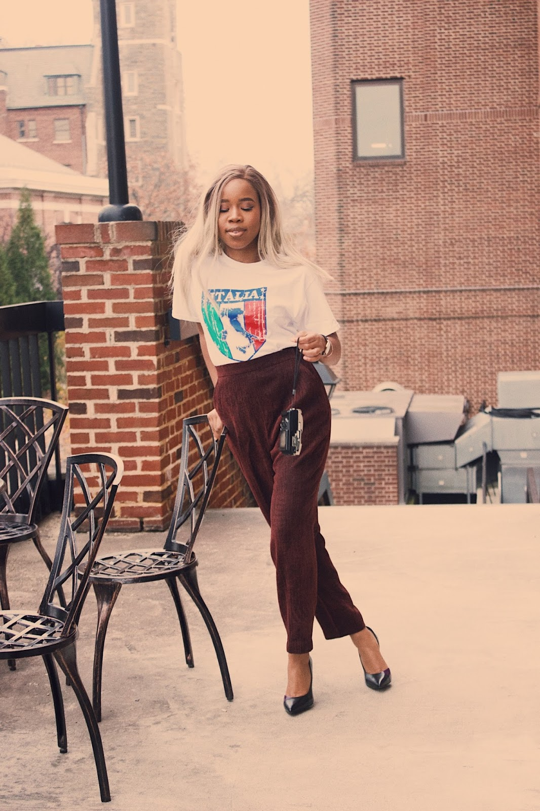 HOW TO STYLE YOUR BURGUNDY PANT