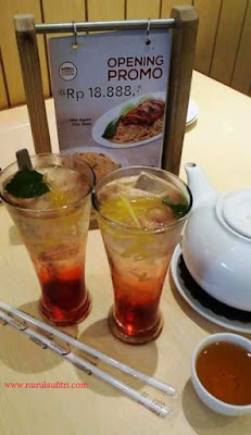 imperial kitchen and dismsum mall pesona square nasi goreng mie ayam nurul sufitri blogger kuliner depok
