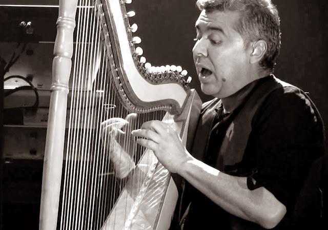 Víctor Espínola