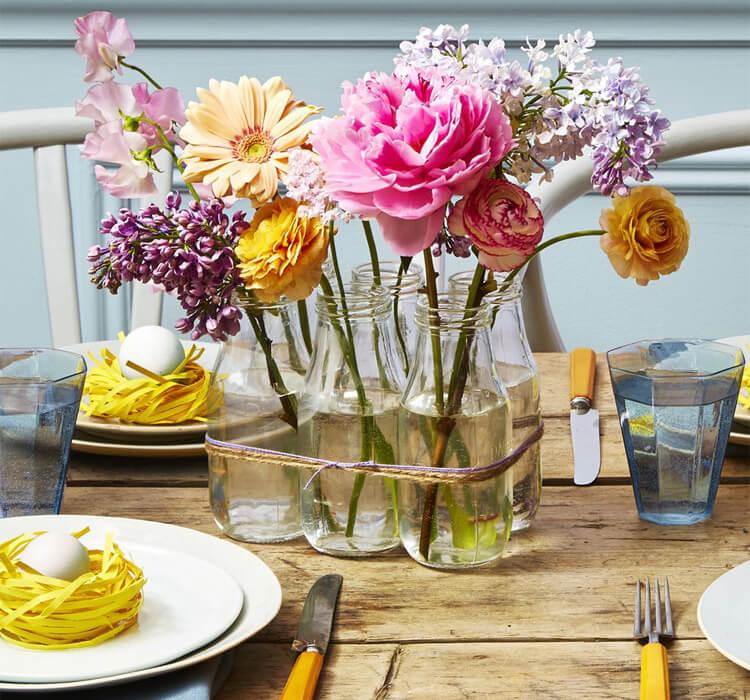 Come decorare la tavola di Pasqua con i fiori