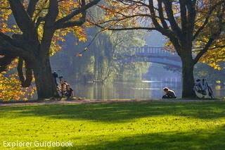kebun raya di Belanda, www.indriariadna.com