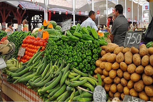 الخضر ..الفواكه واللحوم .. أسعار ملتهبة بأسواق الشلف