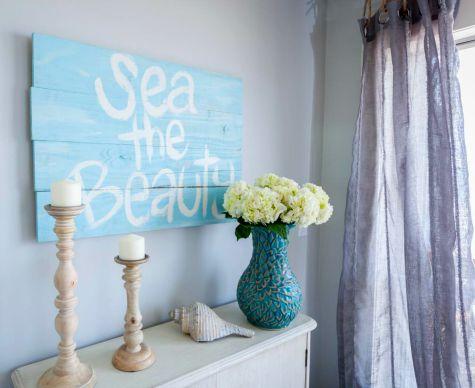DIY Wood Sign in Bedroom