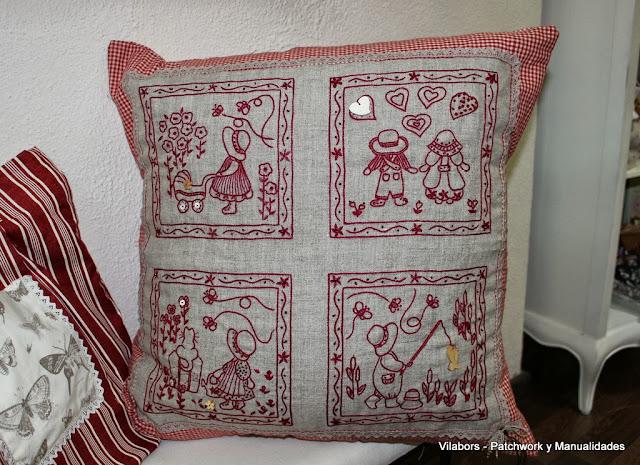 Kits de cojines bordados de la diseñadora Eva Gustems