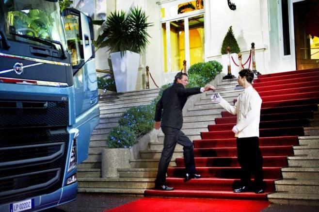 H Volvo εντυπωσιάζει με νέο βίντεο