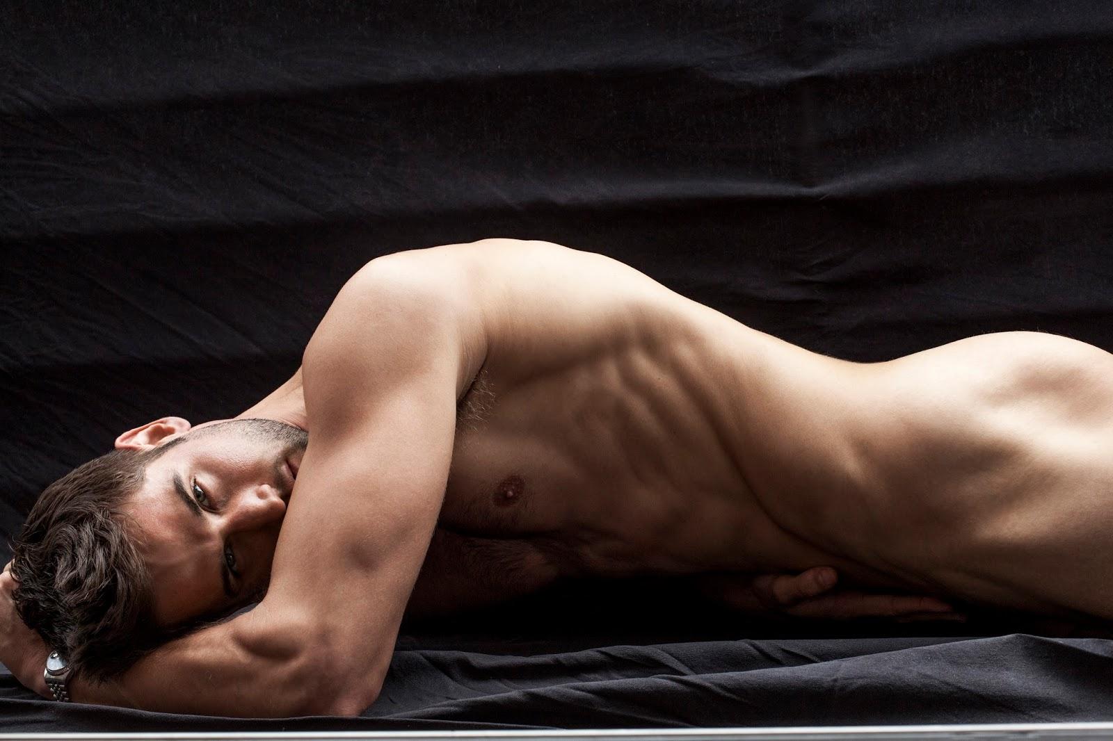 Фото голых красивы мужчин без однжды