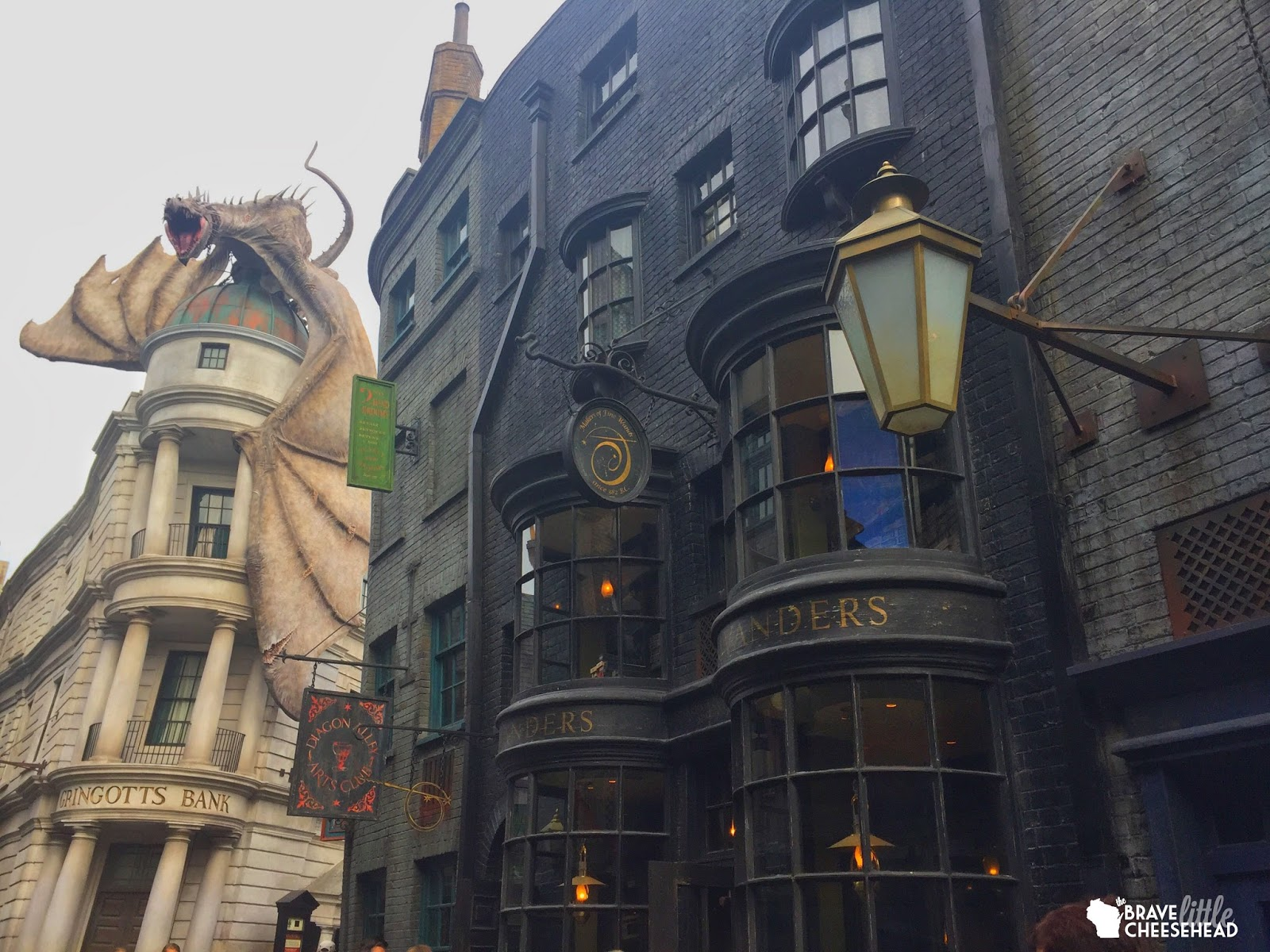 A Twenty-Something's Guide to Planning A Trip to the Wizarding World of Harry Potter | The Brave Little Cheesehead