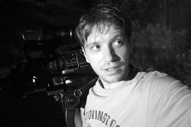 Gareth Edwards en el rodaje de Monsters
