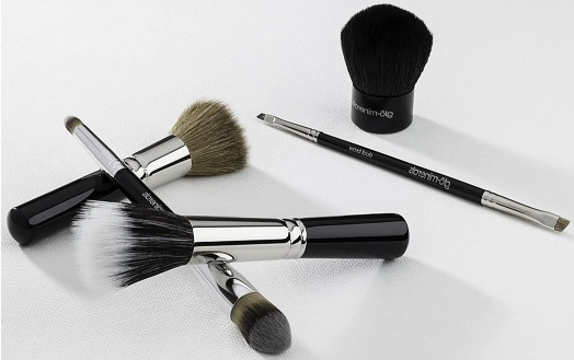 10 Super Useful Makeup Brushes that All Women Need and Exactly How to Use Them